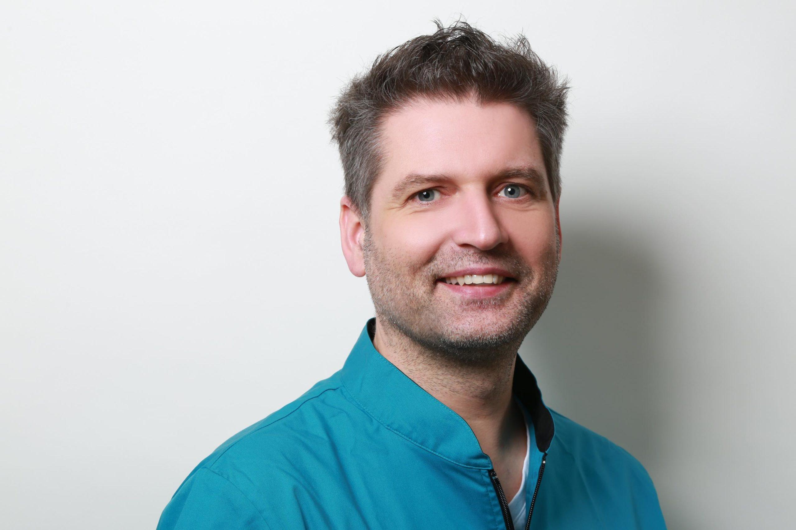Christian Bender - Zahntechniker-Meister - Zahnmanufaktur Bender