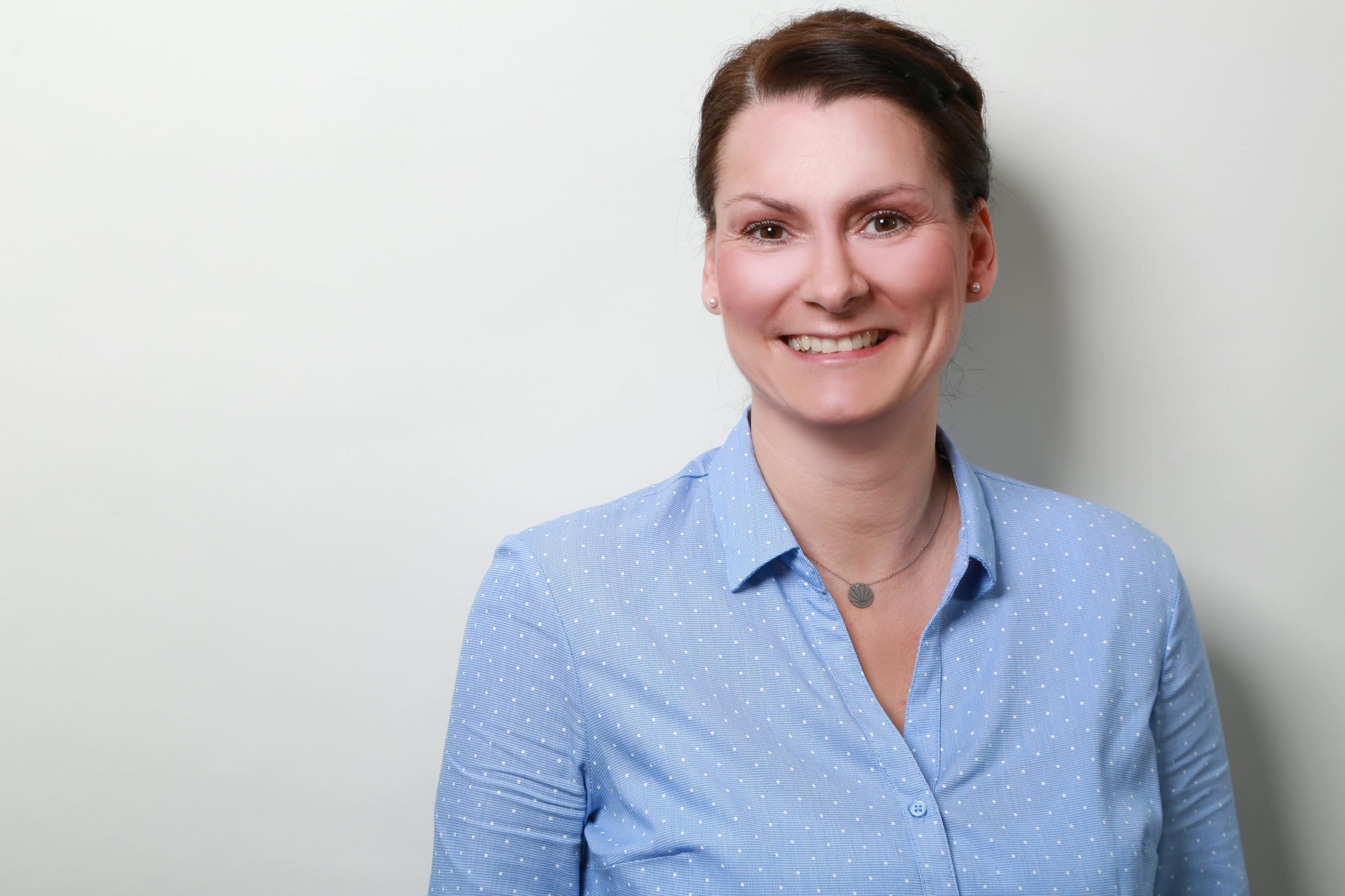 Katja Bodenlos - Zahntechnische Laborsekretaerin - Zahnmanufaktur Bender
